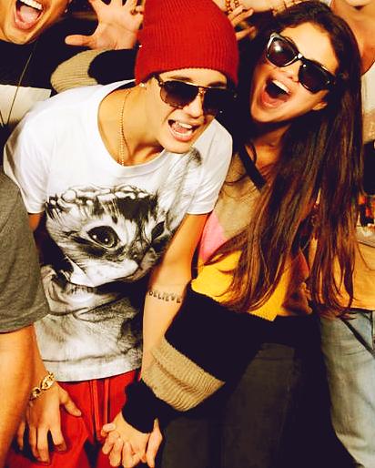 Je vous aime fort ! ♥ (Hayley,Adriana,Justin,Harry,Lola Victoria & Zayn)