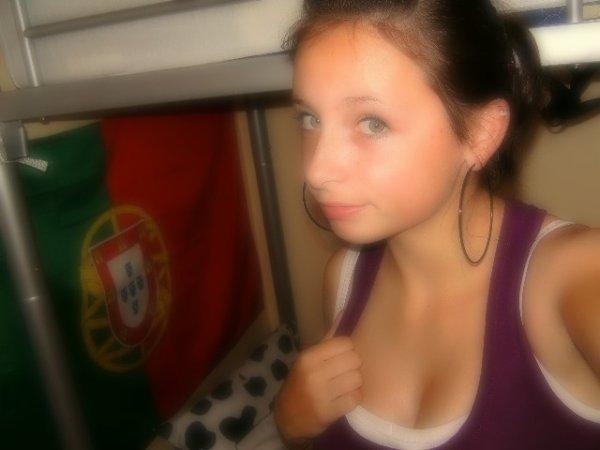 ● Kaяen. 17anS . 28 En couple & L'aime   ♥     . (!) Portuguesà    ।।।*।।।।।। ಇ       Facebook       [♥]