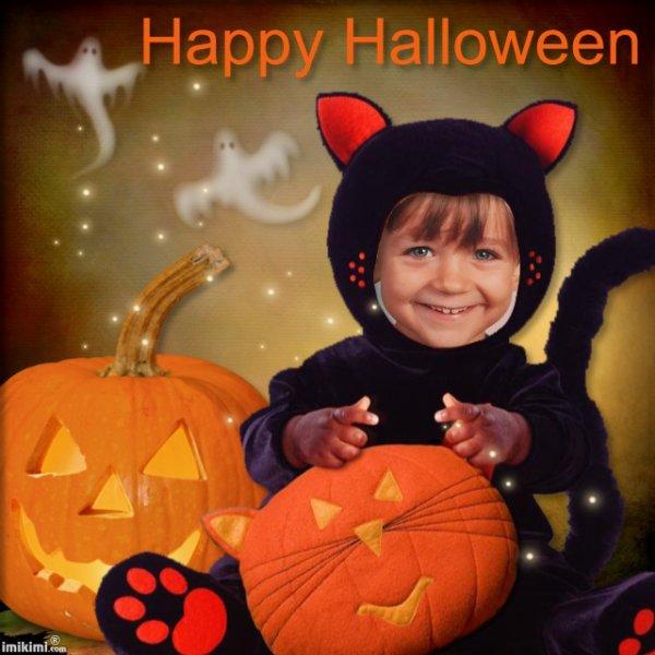 L'adorable petit chat de la sorcière! bisous Ginette!