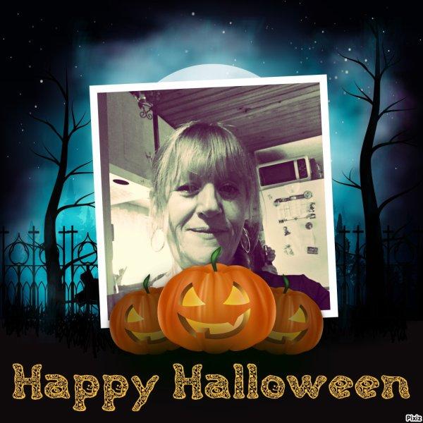 Happy Halloween! Amusez vous bien! bisous! Ginette!