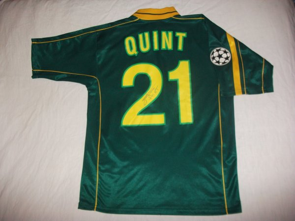 Champions League 2001-2002 : Maillot porté et signé par Olivier Quint.