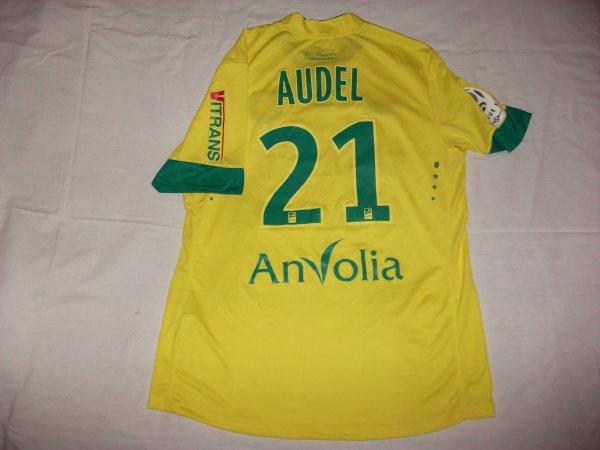 Saison 2014 - 2015 : Maillot porté par Johan Audel.