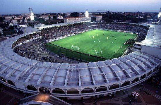 Le Stade Chaban-Delmas et son futur remplaçant !