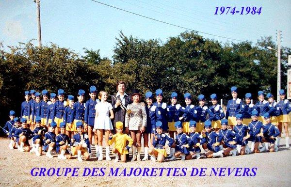 """2ème carte postale avec le parrain du groupe"""" Mr Georges Jouvin trompette d'or"""" 1976"""