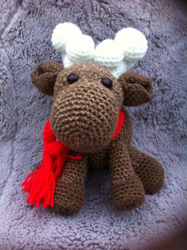 Ce petit renne souhaiterai faire le tour de vos blogs, merci de le faire suivre.