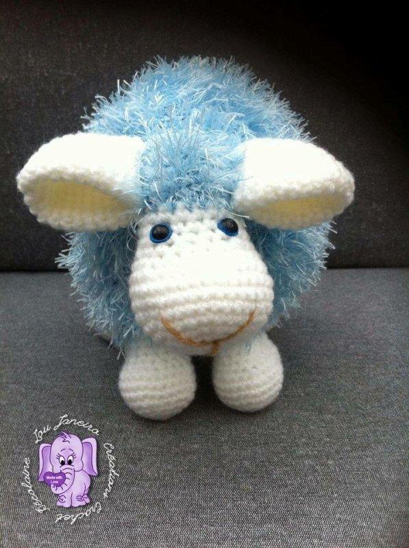 Mouton coussin bleu