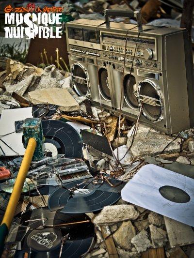 """L'ALBUM """"MUSIQUE NUISIBLE"""" LE 12 SEPTEMBRE 2011 DANS LES BACS !!!"""