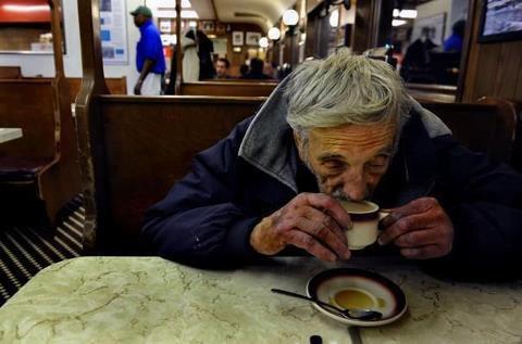 I CAFFE' SOSPESI