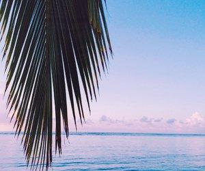 Assise sur le sable   (de moi ♥)