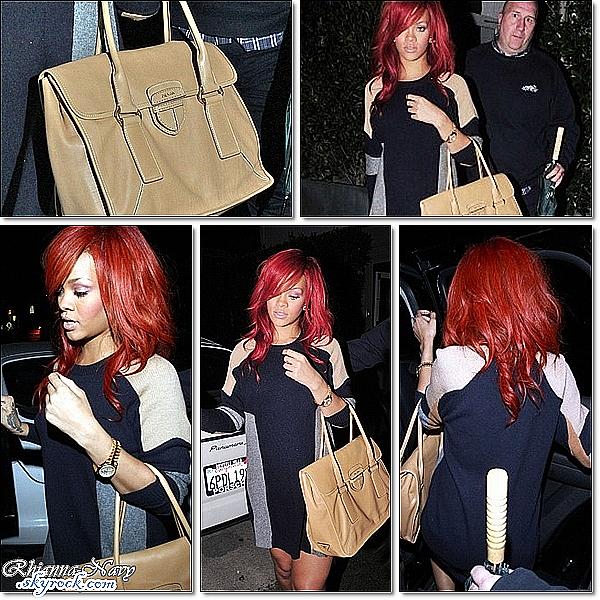 """Le 19 Mars; Rihanna au restaurant """"Giorgio Baldi"""" à Los Angeles Top ou flop? Pour moi un top! Ceci est un flashback - Ceci est un flashback - Ceci est un flashback"""