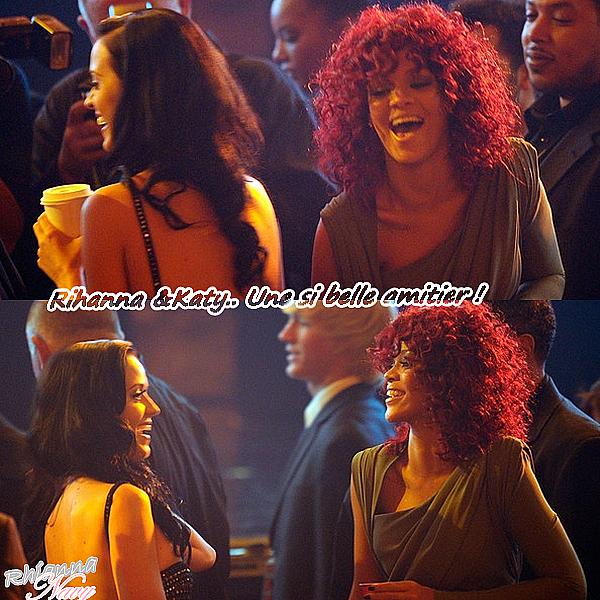 """Rihanna & Katy Perry !  Les stars aussi ont des meilleur(e)s ami(e)s ! Katy Perry, très déprimée depuis son divorce avec Russell Brand, peut heureusement compter sur ses amis proches pour la soutenir. Et Rihanna en fait partie ! Bon nombre de fans aimeraient avoir Rihanna comme meilleure amie. Hélas, il faut s'appeler Katy Perry pour avoir ce privilège... La chanteuse, fraichement divorcée de son mari Russell Brand, vit actuellement une période très difficile, mais possède heureusement des amis pour l'aider à surmonter cette épreuve. Et Rihanna, réputée pour être la meilleure amie de Katy Perry, a pris son rôle de best friend très au sérieux. Elle a pris sa copine sous son aile et a décidé de lui remonter le moral.  """"Les amis de Katy Perry font tout ce qu'ils peuvent pour l'aider, la garder heureuse ou juste être présents pour l'écouter"""" a déclaré une amie de Katy Perry, comme le rapporte le site melty.fr. """"Rihanna a été incroyable. Elle prend de ses nouvelles tous les jours et l'a même invitée à faire un voyage. Katy a demandé à Rihanna de la rejoindre à Vegas et elle sera là avec elle"""". Les deux stars seront donc présentes ensemble lors du concert caricatif GiveLove. Pour le plus grand bonheur de Katy Perry !"""
