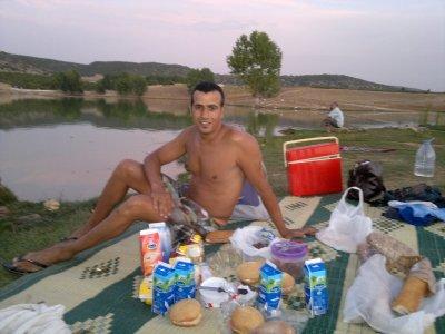 un petit dejeuner de ramadan dans une lac.