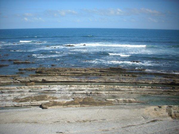 La mer bleue , les vagues que du bonheur