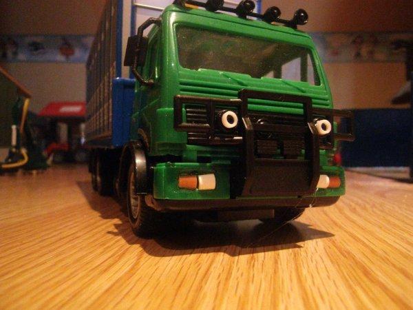 modification du camion betailliere