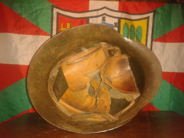 Mon casque espagnol ww2