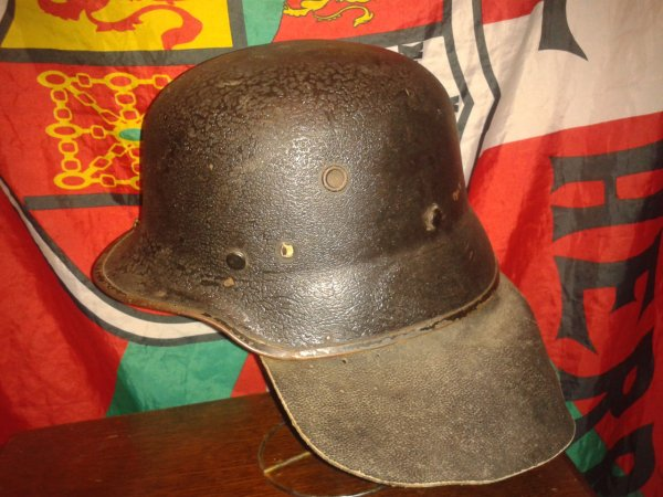Casque allemand model 1934 (police pompier)