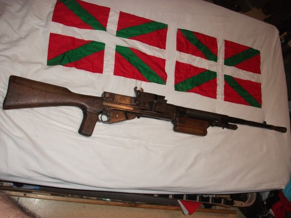 Mon fusil mitrailleur français Hotchkiss ww2 (neutra)