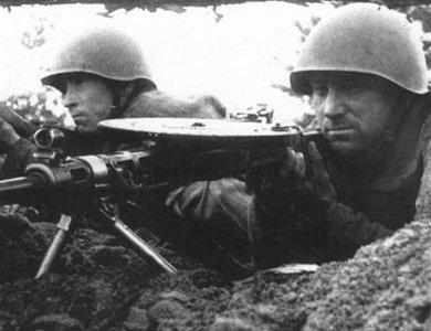Ma mitrailleuse Degtyaryov Russe WW2 (neutra)