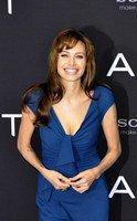 Angelina Jolie a rendu visite aux troupes américaines
