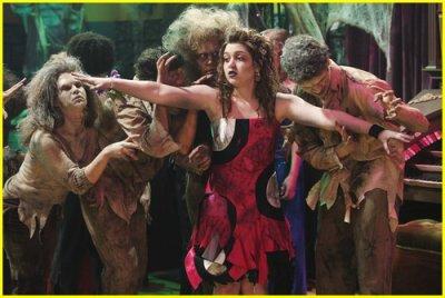les sorciers de waverly place font le bal des zombies