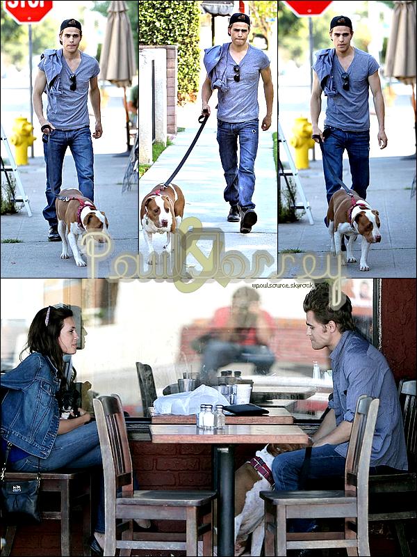 22 Juin 2010 Paul a promené son chien, puis à retrouver Torrey au King Road Café pour un déjeuner en amoureux.  $)
