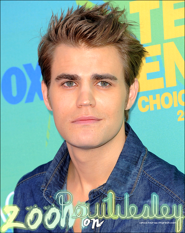 ZOOM! on Paul Wesley !