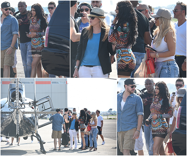 *16/08/15 - Kylie a été vue montant à bord d'un hélicoptère à Montreal. Cette dernière venait de quitter sa fête d'anniversaire au Beach Club, elle portait sa robe colorée. *