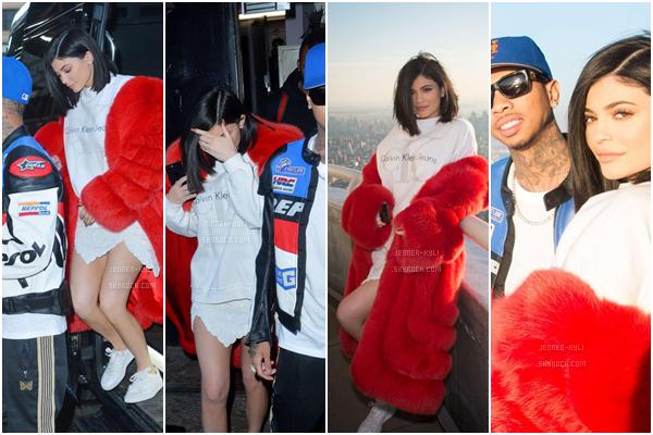 *11/02/17 - Kylie été au défilé d'Alexander Wang Show à New-York. Sacré look assez original! Je ne suis pas vraiment fan des cheveux de Kylie sur ce candid mais la tenue est parfaite. Magnifique!*