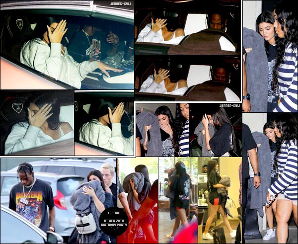 """*09/08/17 - Kylie a été vue avec son chéri Travis Scott quittant sa fête surprise d'anniversaire dans West Hollywood. Le lendemain, jour de son anniversaire, Kylie a été vue à sa fête officielle d'anniversaire avec sa BFF Jordyn. Voici également le """"birthday shoot"""" de Kylie.*"""