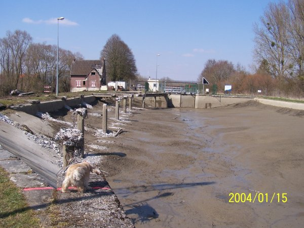 travaux au pont canal d'abbecourt