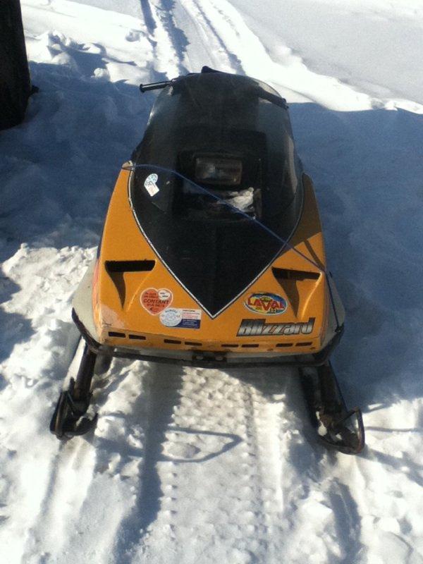 Mon ski doo