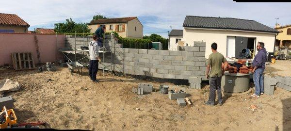 samedi 29 Avril et 30 Avril 2017 construction du mur de clôture