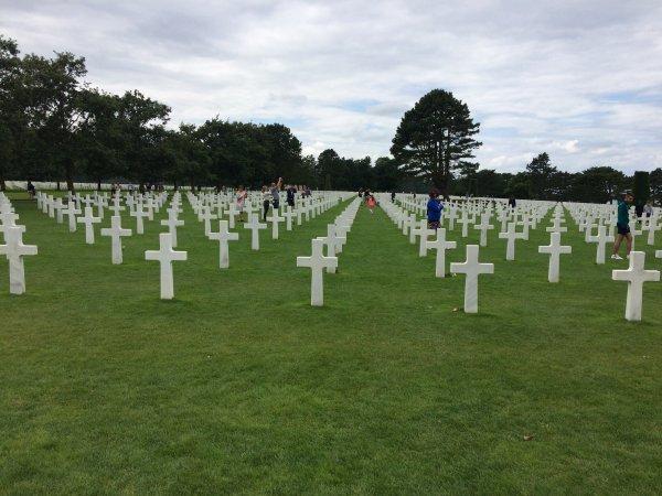 vacances été Vendredi 21 Juillet 2017 Mémorial Caen cimetiére colleville pointe du Hoc