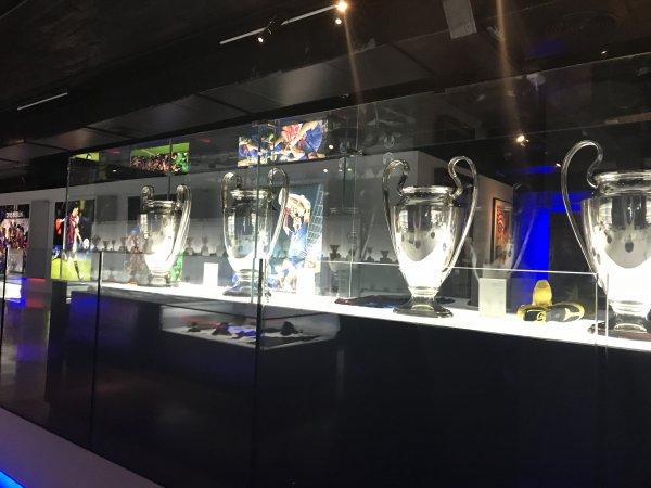 Samedi 03 Novembre 2018 Aprés Midi visite guidée du Camp Nou stade du Barça