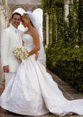 Jessica Simpson shares photo of daughter as a bridesmaid