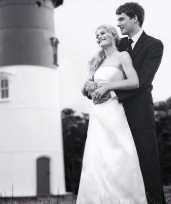 Emilie De Ravin & Josh Janowicz