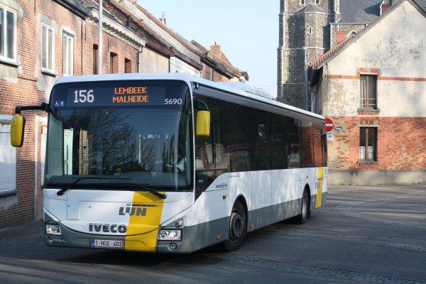 Bus 5690.