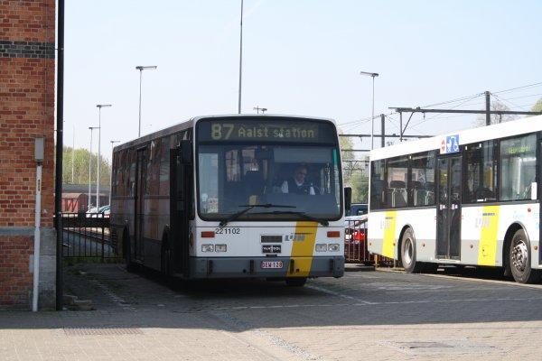 Bus 221102.