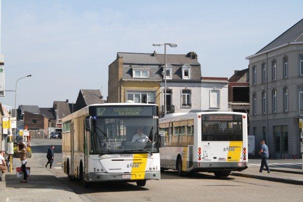 Bus 3894.