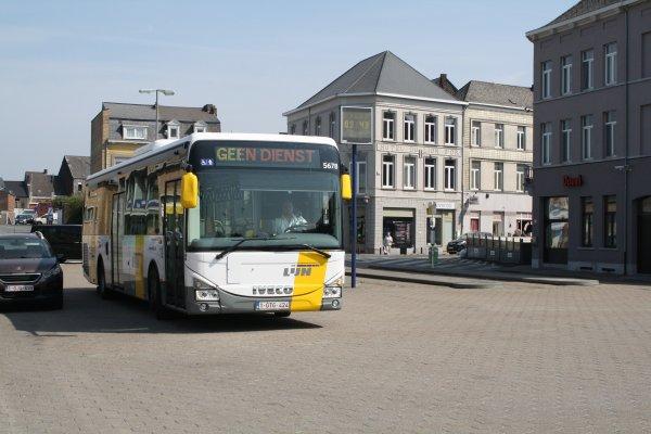 Bus 5678.