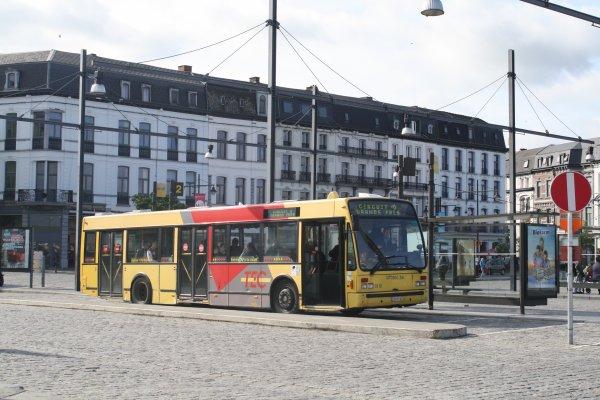 Bus 3810.