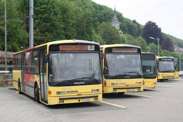 Bus 55813 - 558116.