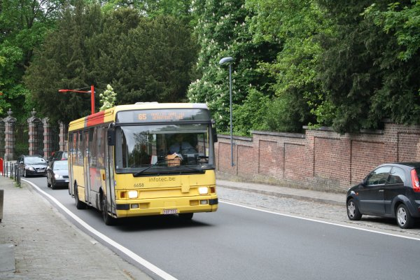 Bus 6658.