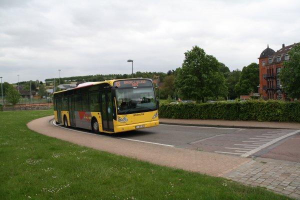 Bus 6738.