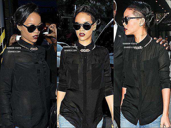 15.06.2012 : Rihanna Fenty à était photographié hier dans les rues de New-York.