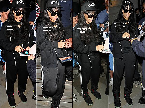 28.06.2012 : Rihanna à été vues quittant son hôtel pour se rendre à une salle de Gym.