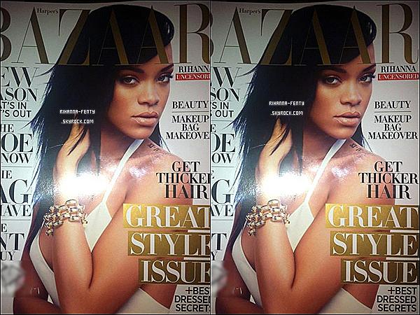 La belle Rihanna Fenty fait la page de couverture de Harper's Bazaar du mois d'août.