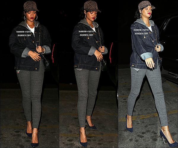 Ce 26/10/2012 : Rihanna Fenty s'est rendue au concert de son ami Asap Rocky à Los Angeles.