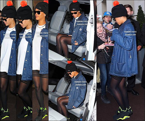 25 NOVEMBRE 2012 ▬ Rihanna Fenty arrivant à son hôtel avec son Iphone et son BackBerry dans la main.  Puis Rihanna Fenty quittant son hôtel pour se rendre sur le plateau de l'émission  « X Factor » à Londres.