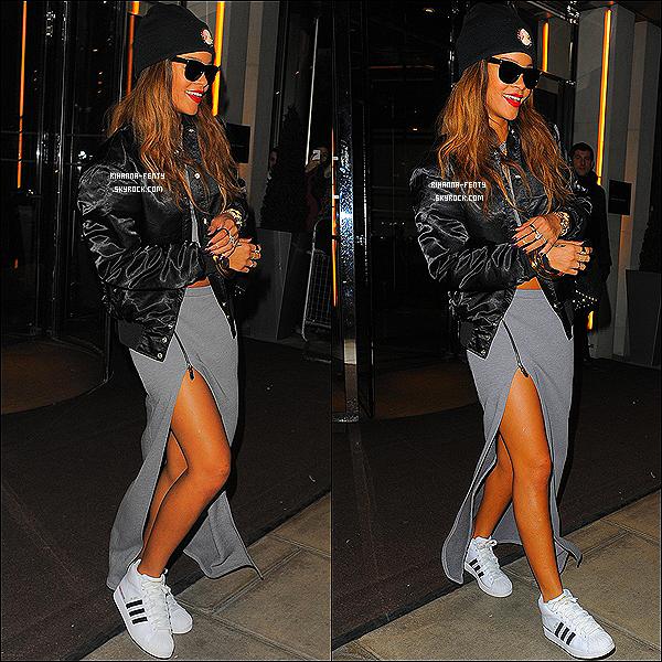 CE 17 FÉVRIER 2013 - Rihanna à été aperçue quittant son hôtel à Londres pour une destination inconnue.